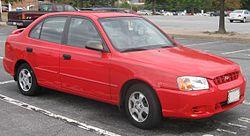 2000-2002 Hyundai Accent GL sedan (US)