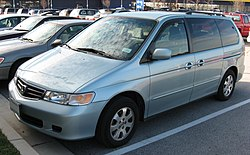 definition of minivan