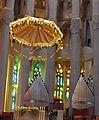 037 Sagrada Família, interior, presbiteri, baldaquí i orgues.jpg