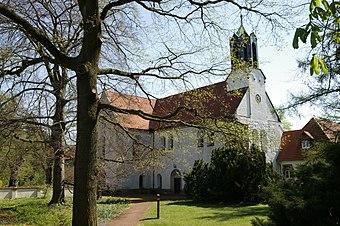 File:1171 - Hannover - Marienwerder - Kloster - 20050420.JPG (Source: Wikimedia)