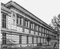 1911 Britannica-Architecture-École de Médecine.png