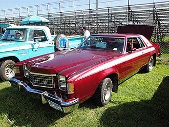 Ford LTD II - Image: 1977 Ford LTD II