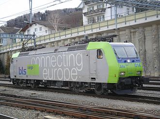 BLS AG - BLS Re 485 014-5 in Spiez, 18 February 2006.