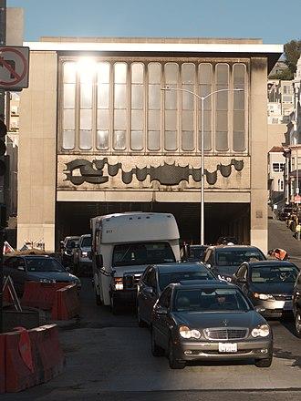 Broadway Tunnel (San Francisco) - Eastern portal