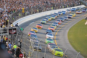 English: Start of the NASCAR July 5, 2008, Cok...