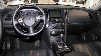 Infiniti QX70 - Interior