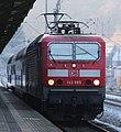 2016-12-22 DB 143 885 mit Doppelstockwagen (S-Bahn Dresden) am Bahnhof Tharandt by DCB–1.jpg