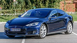 20180630 Tesla Model S 70D 2015 midnight blue left front.jpg