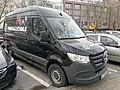 2021-01-20 Am Klagesmarkt Meredes Sprinter mit Hannover 96 Fußballschule.jpg
