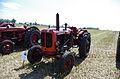 3ème Salon des tracteurs anciens - Moulin de Chiblins - 18082013 - Tracteur Nuffield - gauche.jpg