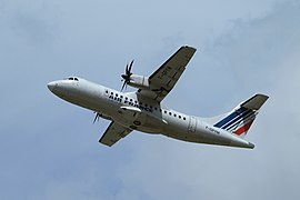 File:ATR 42-500 F-GPYM.jpg