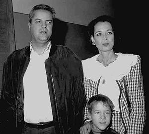 Adrian Năstase - Năstase with wife and son in 1992