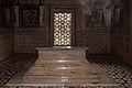 Agra-Itmad ud Daulah mausoleum-Mîrzâ Ghiyâs Beg Tomb-20131019.jpg
