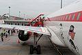 AirAsia A320-200(9M-AFJ) (4429442016).jpg