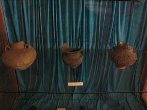 Bronze Age in Romania - Image: Aiud History Museum 2011 Cotofeni Culture Pottery