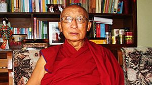 Alak Jigme Thinley Lhundup Rinpoche - Alak Jigme Rinpoche in probably 2012