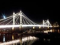 Albert Bridge 2013-09-19 20-05-52.jpg
