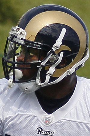 Alec Ogletree - Ogletree with the Rams in 2013