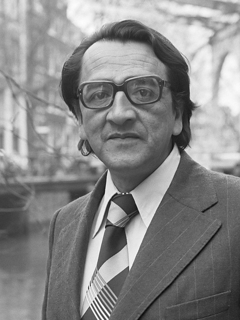 Alfonso Barrantes Lingán (1979).jpg