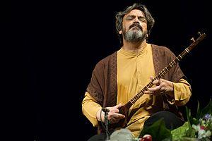 Setar - Hossein Alizadeh playing Setar