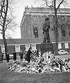 Amsterdam. De Minister van Buitenlandse Zaken van Israel, mevrouw Golda Meir, ti, Bestanddeelnr 916-1022.jpg
