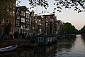 Amsterdam houseboat (5763961637).jpg