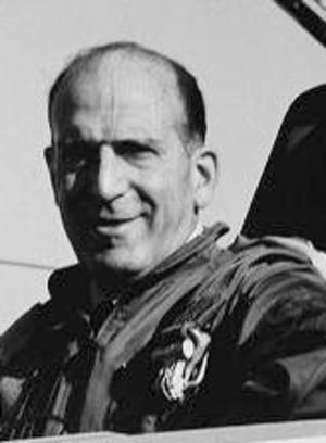 Air captain general - Image: Angel Salas (Cropped)