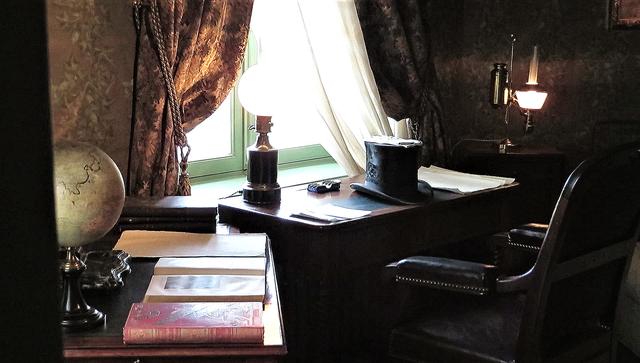 Рабочий стол Верна в его амьенском доме (сегодня музей)