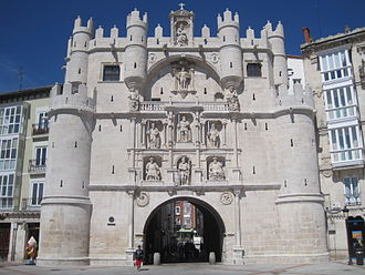 Burgos - 14th-century city gate Arco de Santa María.