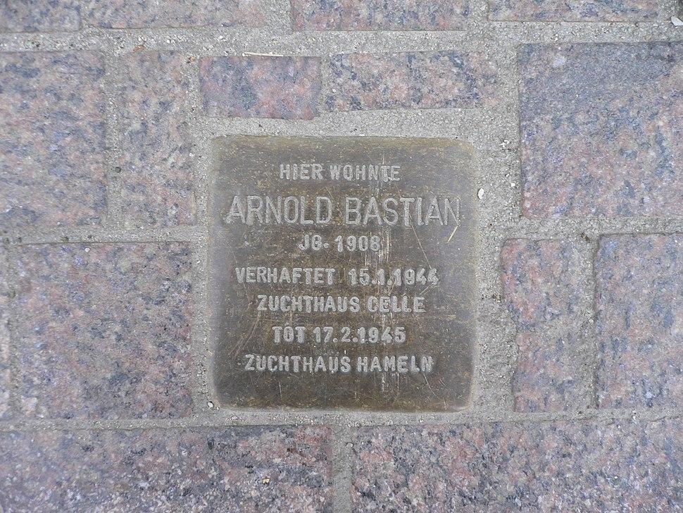 Arnold Bastian