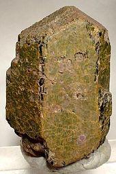 Minerais de A-Z 170px-Augite-54563