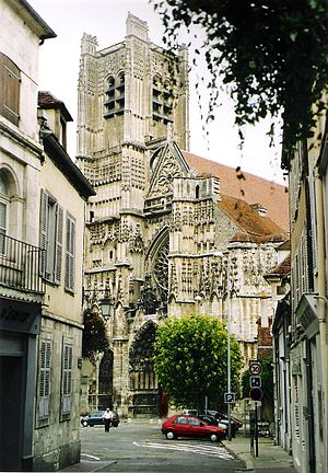 Auxerre Cathedral - The west front and the unfinished western tower