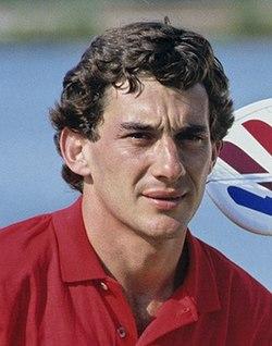 Ayrton Senna Pesawat RC Cropped.jpg