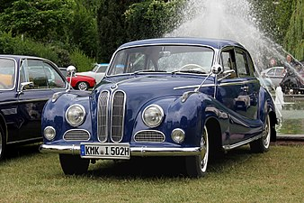 BMW 502, Bj. 1957, vorn (2017-07-02 Sp r).JPG