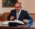 Bahraini Crown Prince Salman bin Hamad Al-Khalifa Signs Secretary Pompeo's Guestbook (48751090187) (cropped).jpg