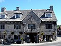Bankes Arms Hotel Corfe Castle - panoramio.jpg