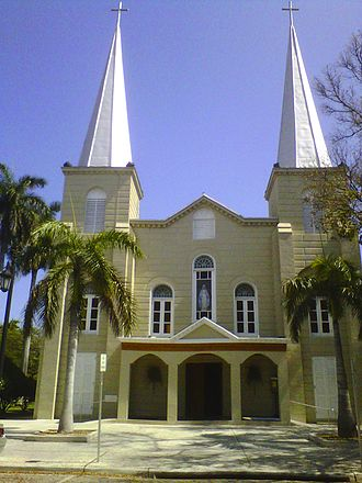 Basilica of St. Mary Star of the Sea (Key West, Florida) - Image: Basilica of St. Mary Star of The Sea, Key West IMG00348 20120402 1534 02