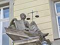Bayreuth 03.04.07, Kanzleistrasse 7, ehem. Kanzlei, Tor III (03), Justitia-Gerechtigkeit.jpg