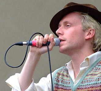 Mr Hudson - Performing with Mr. Hudson and The Library in 2007