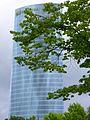 Bilbao - Torre Iberdrola desde el parque de Doña Casilda Iturrízar 2.jpg