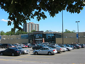 Billings Bridge Plaza - Image: Billings Bridge 1