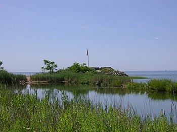 Black Rock Fort at Fort Nathan Hale historic s...