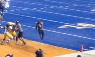 2013 Boise State Broncos football team - Jack Fields scoring a TD in the 4th quarter.