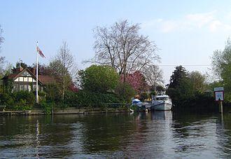 Thames Ditton Island - Boyle Farm Island