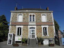 Brains-sur-les-Marches (53) Mairie.jpg