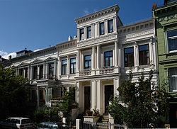 Townhouse - Wikipedia