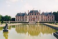 Breteuil chateau cote parc.jpg