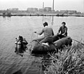 Budapest XX., XXI., Búvár és csónak, Ráckevei (Soroksári)-Duna, a túlparton a Csepeli Papírgyár. 1964 Fortepan 104573.jpg