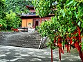 Budist temple-Xian hua -Pujiang -China - panoramio.jpg