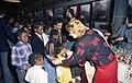 Bundesarchiv B 145 Bild-F080280-0007, Bonn, Weihnachtsfeier für Diplomatenkinder.jpg